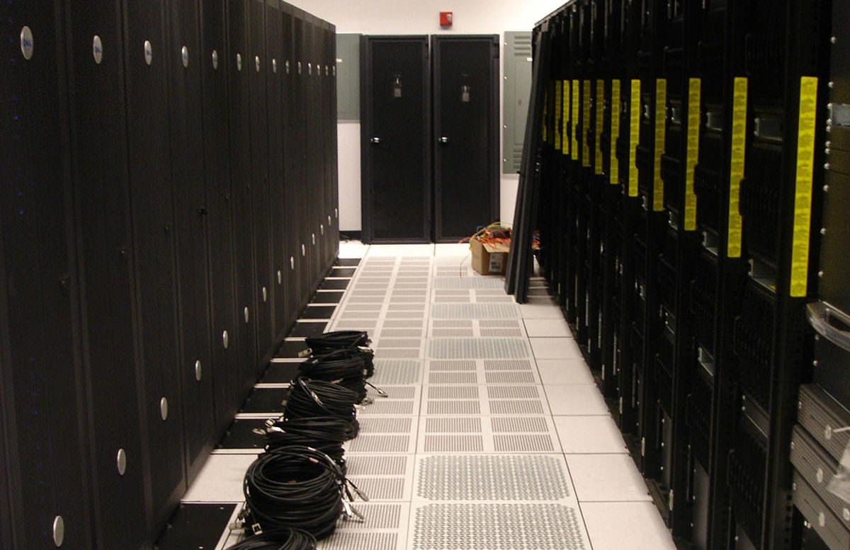 Website Hosting - Webhosting Server
